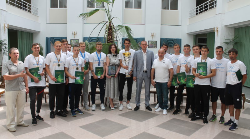 Віншування футболістів Університету ДФС України — чемпіонів країни серед ЗВО — 2021!